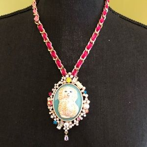 BNWT Authentic Betsey Johnson Granny Chic Necklace